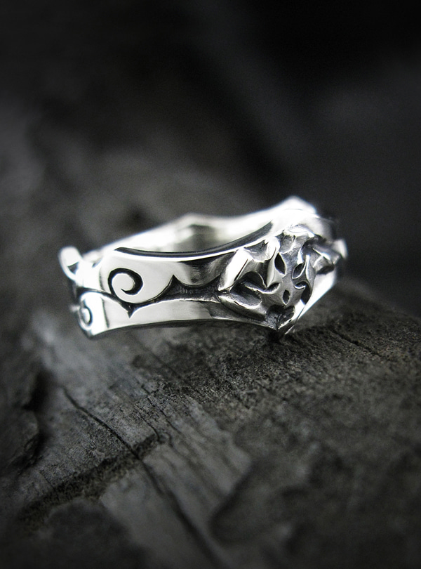 LunarB Ringlet silver ring