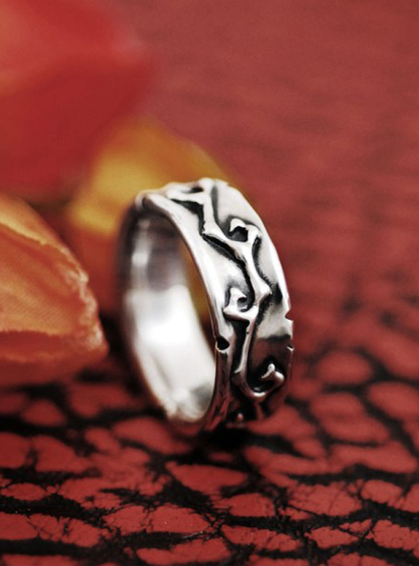 Luv vine-W silver ring
